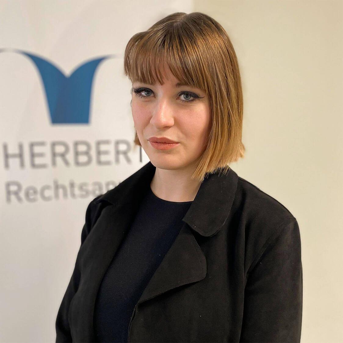 Lea Breyer - Rechtsanwaltsfachangestellte - Herbert Rechtsanwälte Saarbrücken