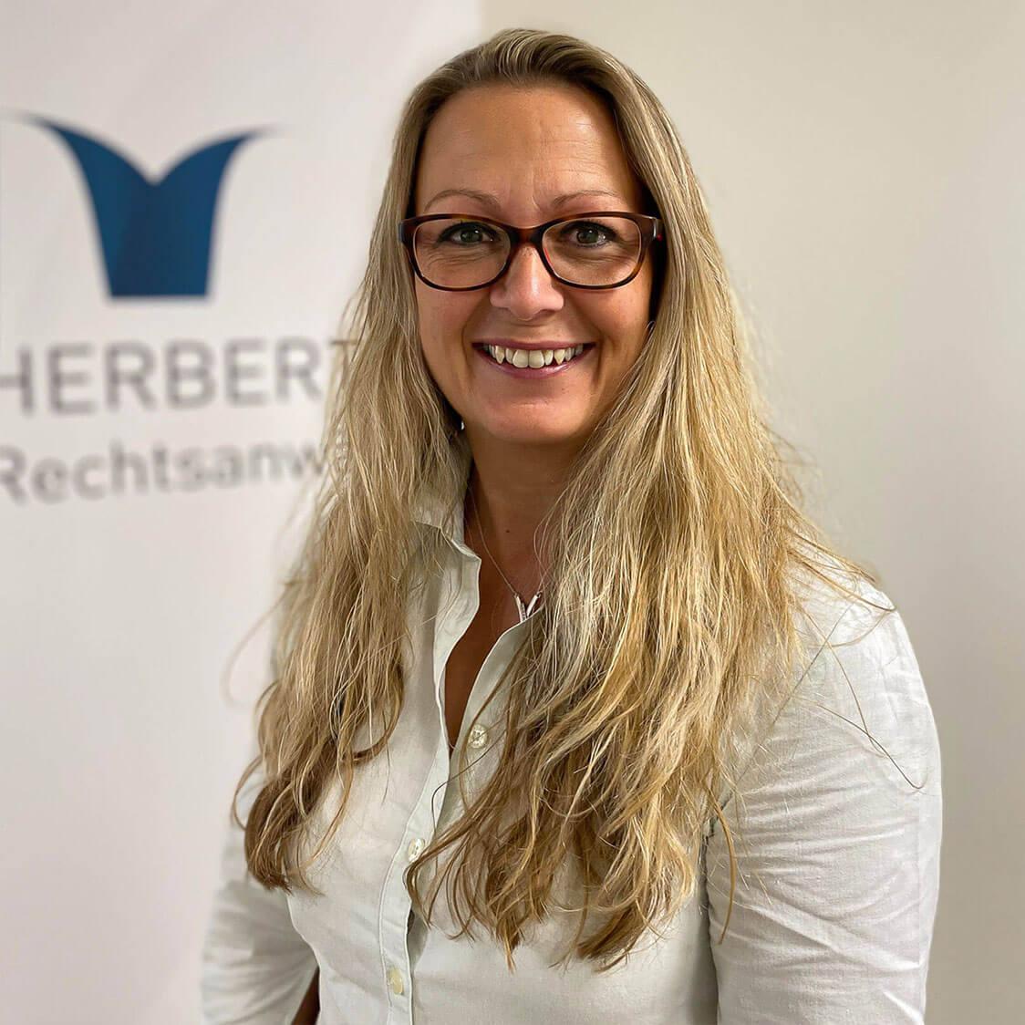 Bianca Sahner - Insolvenzsach-bearbeiterin - Herbert Rechtsanwälte Saarbrücken