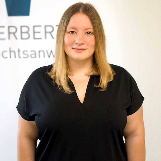 Laura Candeloro - Rechtsanwaltsfachangestellte - Herbert Rechtsanwälte Saarbrücken